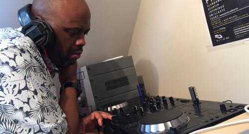 Antoninus - A Time To Make Friends (2014) Soulful Liquid Funk Mix